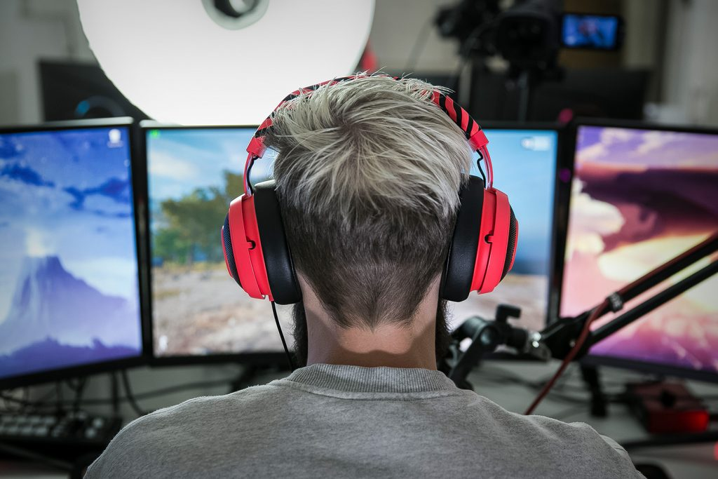 e2cdf1bd035 Pewdiepie's Razer Headset: An Influencer Marketing Analysis